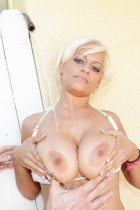 Holly Brooks at BigNaturals.com