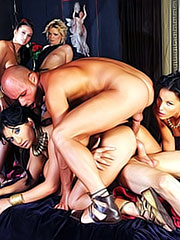Yasmine Gold in Rome Orgy